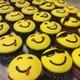Emoji-muffinssit synttäreille
