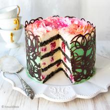 Kesäjuhlien kakku