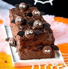 Överi-ihana suklaakakku