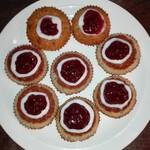 Runebergin torttuja