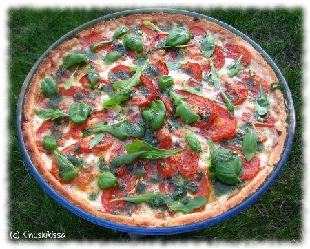 tomaatti_mozzarellapiirakka1.JPG