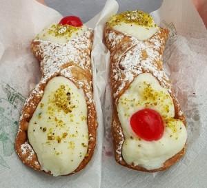 Cannolo Siciliano Ricotta pieni