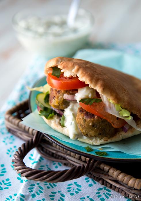 falafel pitaleivat