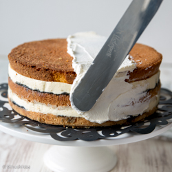 glamour-kakku-vaihe-kerma
