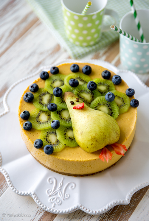 hedelmasmoothie-kakku