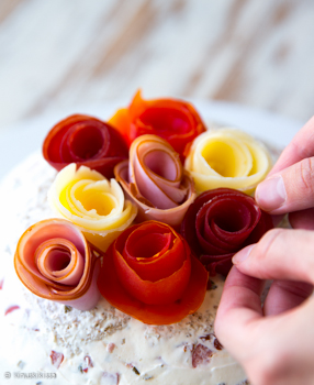kukkakimppu-voileipakakku-vaihe-5-2