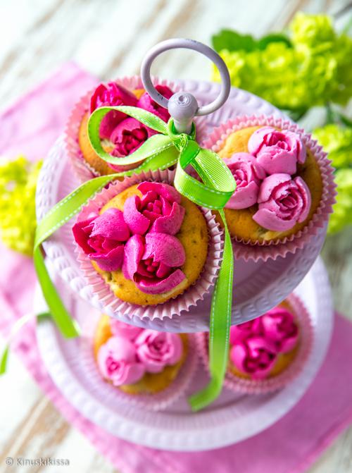 ruusumuffinssit