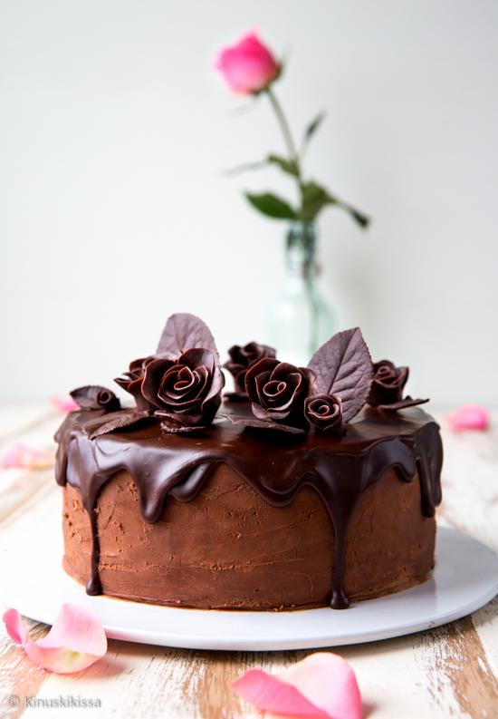 supersuklaakakku