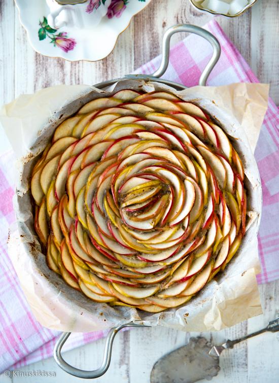 terveellinen-omenapiirakka